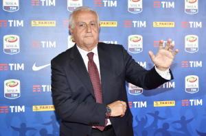 Via libera Figc a Serie B a 19 squadre