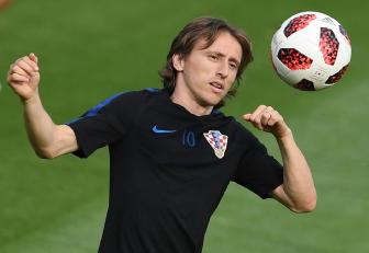 Stampa Spagna, Modric resta al Real