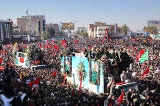 Iran, calca mortale ai funerali di Soleimani a Kerman, decine di morti. Le immagini - Rai News