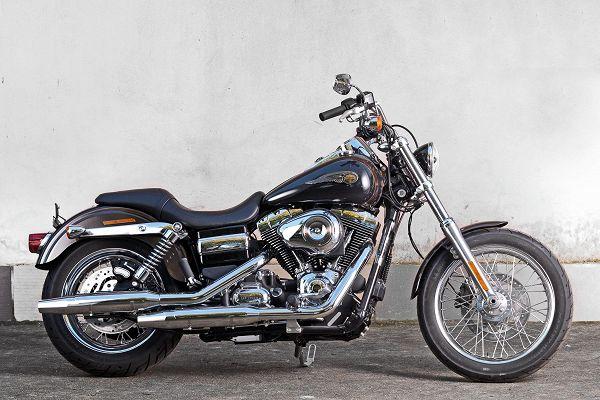 Harley Davidson Compie 111 Anni Il Mito Degli Easy Riders Rai News