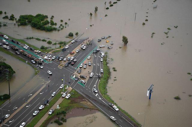 Inondazioni, Australia: paura coccodrilli. Townsville è devastata. Case sott'acqua, morti e sfollati – Photogallery – Rai News